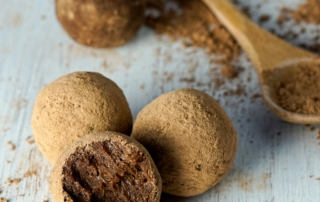Chocolate Avocado Truffles - Nutriholist
