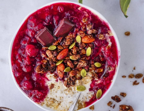Gingerbread Oatmeal w/ Warm Cranberry Orange Sauce (V,GF)